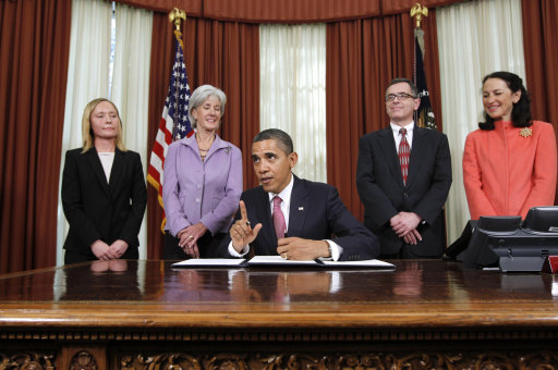 Americans Accept Obama Executive Orders On Economy; 55% Like His Refinancing Plan